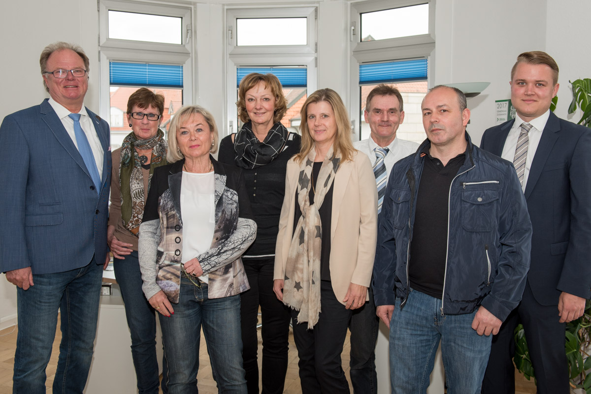 Von links nach rechts: Norbert Frohms, Birgit Kremeike, Barbara Hofmann-Weseloh, Sabine Curdt-Hartmann, Andrea Katins, Paul Meinhardt, Frank Schnalke, Lasse Frohms
