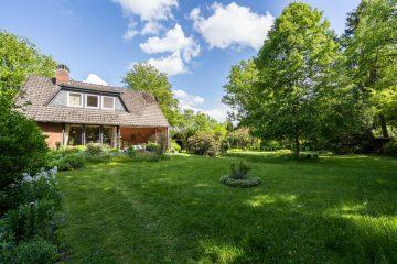 Verkauft! Einfamilienhaus mit gewaltigem Grundstück